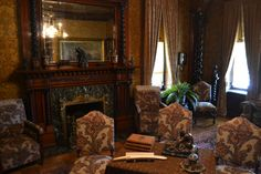 Pabst Mansion   The main sitting room in the Pabst Mansion