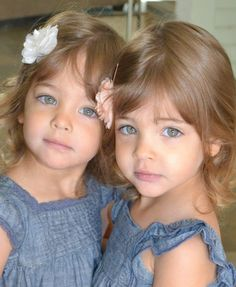 Identical twins deemed most beautiful sisters in the world after model agencies recognize them on social media, hoping to sign them. Beautiful Little Girls, Beautiful Children, Beautiful Babies, Most Beautiful, Twin Girls, Twin Sisters, Twin Babies, Sister Pictures, Baby Pictures