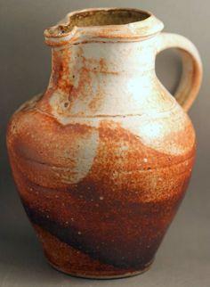 Two splendid Andrew van der Putten jugs from Marcus. Ceramic Pottery, Ceramic Art, Modern Interior, Interior Design, Pottery Marks, Ceramic Design, Tea Pots, Van, Stone