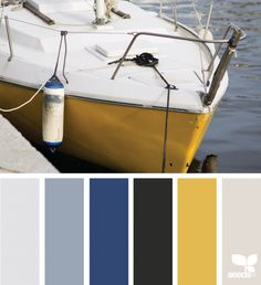 farbe-ocker-kombinieren-blau-weiss-maritim