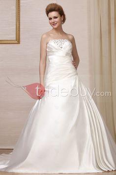 Aラインチャペルトレーンストラップレスウェディングドレス