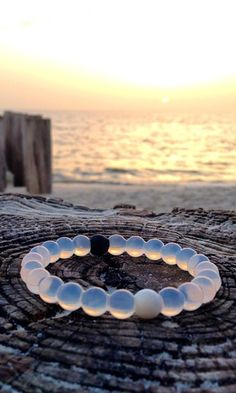 Mud from the Dead Sea in the black bead, water from Mt Everest in the white bead: the highest and lowest points on earth. So whether you're on top of the world or just down on your luck, the live lokai bracelet reminds you to stay humble, hopeful to always move forward.