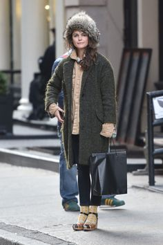 Keri Russell - Shopping in SoHo Keri Russell Style, Outfits and Clothes. Street Style 2017, Street Chic, Street Fashion, Cool Outfits, Casual Outfits, Fashion Outfits, Fashion Ideas, Women's Fashion, Keri Russell Style