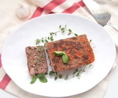 Lasagna meatloaf has all the delicious flavor of lasagna, without the noodles. Cheese is optional, and although it adds creamy mozzarella flavor, the meatl