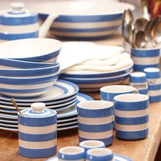 If I had a beach house.. Cornishware Collection (Stonewall Kitchen)