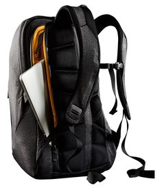 Almost all backpacks do their main job well – they let you carry stuff. It's not often, that you find a backpack that gives you easy access to all your stuff. The North Face Access Pack…
