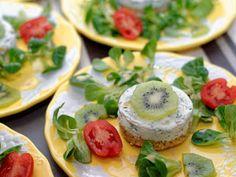 Ma Cuisine et Vous | Cheese-cake salé aux kiwis |   Préparation: 30  minutes          Ingrédients  (pour 6  personnes):    2  kiwis de l'Adour    200  gr de fromage de chèvre frais (ty...
