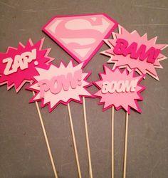 Popular items for supergirl on Etsy Girl Birthday Themes, Barbie Birthday, 4th Birthday Parties, Birthday Cakes, Birthday Ideas, Girl Superhero Party, Superhero Cake, Wonder Woman Party, Supergirl