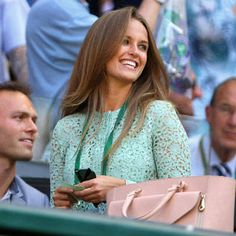 Video from Graziadaily.co.uk for how to get Kim Sears flawless hair that she rocked every day at Wimbeldon! Gorgeous.