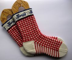 Ravelry: RiotousAssembly's Three Lions on a Sock