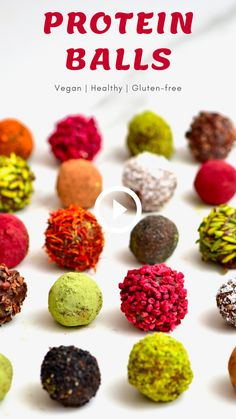 Recipes Snacks Protein This cacao & almond protein balls recipe is a quick & simple healthy energy balls snack. With just a few clean ingredients, you can learn how to make a delicious batch of no bake protein balls. Healthy Snack Options, Healthy Sweets, Healthy Baking, Healthy Snacks, Healthy Recipes, Healthy Protein Balls, Protein Bites, Protein Recipes, Recipes Of Snacks