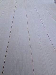 http://www.woodflooringengineered.co.uk/flooring/douglas-fir-flooring