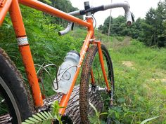 Lets go a little deeper and round up the information on the Soma Wolverine.          Boston for size.     I built this bike up with the pu...