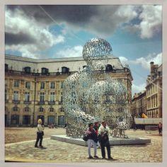 Jaume Plensa – place de la Bourse, Bordeaux »