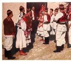 Men and women in costume, Zagreb (Šestine), Croatia (former Yugoslavia), circa 1930-1937 :: Blanche Payne Regional Costume Photograph and Drawing Collection