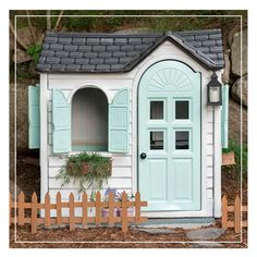 Oh, and did we mention Painter's Touch 2X comes in over 60 colours? 😍 #DoItOutsideDIY #PlayUpgrade . #RustoleumCAN #DIY #DIYer #DIYProject #OutdoorLiving #Playhousemakeover #DIYKidsProjects #DIYmom #OutdoorPlayhouse #KidsPlayhouse #OutdoorSpaces Pallet Playhouse, Cardboard Playhouse, Playhouse Outdoor, Outdoor Spaces, Outdoor Living, Kids Corner, Cool Diy Projects, Play Houses, Diy For Kids