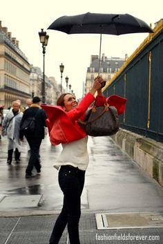 at Paris www.fashionfieldsforever.com Street Style, Paris, Montmartre Paris, Street Styles, Street Style Fashion, Street Chic, Street Fashion