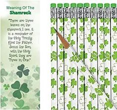 Meaning of The Shamrock St Patrick's Day Bookmarks with Shamrock Pencils Pieces) Christmas Bags, Christmas Angels, Christmas Crafts, Candy Corn Crafts, Happy Birthday Jesus, Nativity Crafts, Clovers, Easter Party, Gag Gifts