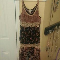 Multi pattern dress Spaghetti strapped mini dress in great condition. American Rag Dresses Mini