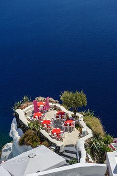 Gorgeous View of the Aegean Sea~ Caldera Terrace in Oia, Santorini, Greece …