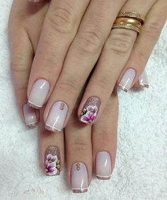 Unhas claras · unhas decoradas delicadas · sem as flores. Hair And Nails, My Nails, Fabulous Nails, Nail Arts, Gorgeous Hair, Pretty Nails, Pedicure, Nail Art Designs, Finger