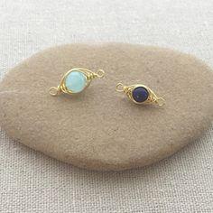 Free herringbone wire wrap tutorial at Lisa Yang's Jewelry Blog