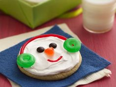 Jolly Snowman Faces. Here's a holiday sugar cookie that doesn't need rolling. Just four ingredients and simple candies make creating snowmen faces super fun and frosty.