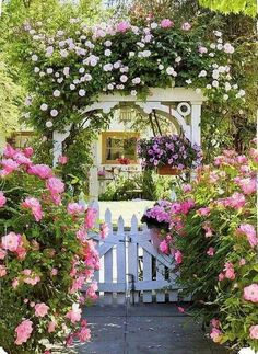 oh how beautiful is this old English cottage garden with its white picket fence and trellis burgeoning with all things pink! - My Cottage Garden Garden Cottage, Home And Garden, Rose Cottage, Shabby Chic Garden, Farmhouse Garden, Cottage House, Cottage Living, Country Living, Beautiful Gardens