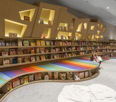 Saraiva Bookstore Livraria Sao Paulo by Arthur Casas Architects Kindergarten Interior, Kindergarten Design, Bookstore Design, Library Design, Design Desk, Book Cafe, University Interior Design, Childrens Bookstore, Kids Cafe