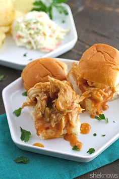 The perfect recipe for lazy weekend dinners — slow cooker sweet-and-spicy chicken sliders