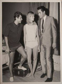 Viva Las Vegas = Elvis Presley - 1964 =Paul Anka and his wife visiting Elvis on the set of