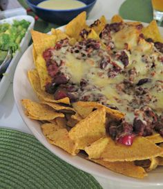 Ruokapankki, Nacholautanen, Chili Con Carne, Salsa, Meksiko, Meksikolainen, Salsa, Cheddarkastike, Juustokastike, Sormiruokaa, Pientä syötävää,