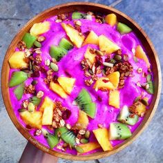 Pitaya Power Smoothie Bowl | Healthiecook