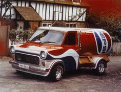 1978 Ford UK enter a publicity agreement with Pepsi and promote the soft drink using their Transit Van Cool Trucks, Big Trucks, Cool Cars, Weird Cars, Coca Cola, Gp F1, Old School Vans, Vintage Vans, Ford Transit