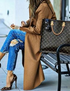 Louis Vuitton Tote More