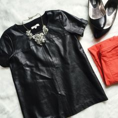 💕2X HOST PICK!💕 Madewell Paneled Leather Tee Gorgeous leather tee from Madewell -- a true statement piece! Paneled leather on the front, soft fabric back. So chic! Size small. New without tags. Retail price: $298. ------------ Supersoft buttery leather. The simple but impactful piece you've been looking for. A modern closet must-have (and a design-team favorite). True to size. Leather/ponte. Dry clean. Import. Madewell Tops Tees - Short Sleeve