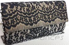 Carteira nellfernandes em renda preta francesa sobre tecido metálico prata - tamanho: 24 x 14 - VENDIDA