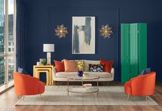 Sherwin-Williams has announced their official color of Naval! This variation of the classic navy blue is super versatile allowing for uses in just about any room. What do you think about naval? Could you see it in your home? Color Trends, Design Trends, Design Ideas, Paint Brands, Paint Companies, Color Of The Year, Architectural Digest, Accent Colors, Paint Colors