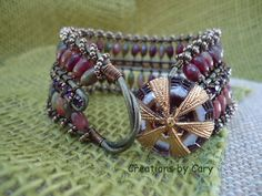 30% off every tutorial! Use coupon code WELCOME in the coupon area at checkout. Unspoken wire bracelet tutorial w/ computer graphics