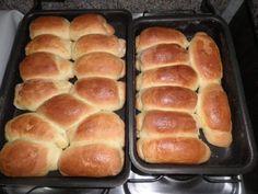 A Receita de Pãozinho Caseiro é deliciosa e fácil de fazer. Com ingredientes que tem na sua casa, você irá preparar um pãozinho fofinho, saboroso e que com