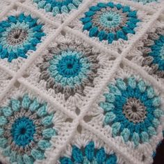 Trendy Ideas For Crochet Baby Blanket Free Pattern Granny Square Color Combo. Trendy Ideas For Crochet Baby Blanket Free Pattern Granny Square Color Combos patterns blanket color combos Crochet Afghans, Crochet Baby Blanket Free Pattern, Crochet Cushions, Granny Square Crochet Pattern, Afghan Crochet Patterns, Crochet Squares, Crochet Granny, Crochet Motif, Knitting Patterns