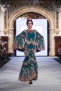 Carmen Acedo - We Love Flamenco 2018 - Sevilla Fishtail, Our Love, Flamenco Dresses, Mermaid, Costumes, Flamingo, Sew, Clothes, Beautiful