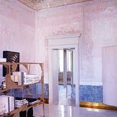 #pinkshades for this famous architect home #sneakpeekcollection more on www.inthemoodfordesign.eu✨ #italia #milano #interiordesign #historicpalace #inthemoodfordesign #inspiration