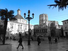 Plaza la Virgen, Valencia