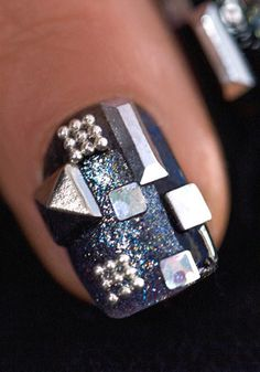 Click for a Hunger Games Capitol Collection Nail Secret!