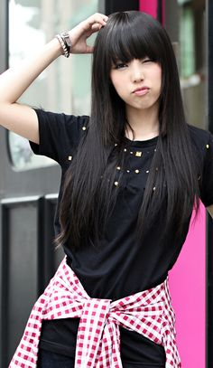 long straigth hair bangs