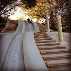 30 Things to Do in San Francisco with or without Kids Golden Gate Park, SF: Koret Children's Quarter concrete slide. Has vintage carousel nearby. San Francisco With Kids, San Francisco Travel, San Francisco Giants, Places To Travel, Travel Destinations, Places To Visit, Lac Tahoe, Voyage Usa, California Dreamin'