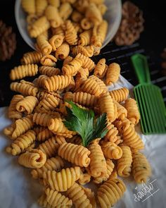 Yummy Snacks, Snack Recipes, Dessert Recipes, Cooking Recipes, Yummy Food, Indonesian Desserts, Asian Desserts, Best Thai Food, Food Photography Tips