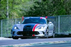 2016 Dodge Viper ACR Front View In Motion 07 - Provided by MotorTrend