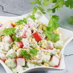 Sałatka z paluszkami krabowymi. Cobb Salad, Potato Salad, Food Porn, Food And Drink, Cooking, Ethnic Recipes, Kitchen, Compost, Christmas